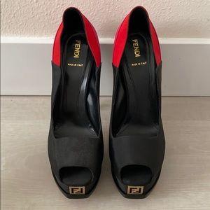 Fendi Bi-colour heels with logo
